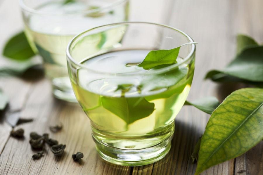 chữa hôi miệng bằng trà xanh