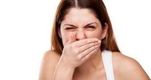 Bọc răng sứ có bị hôi miệng không