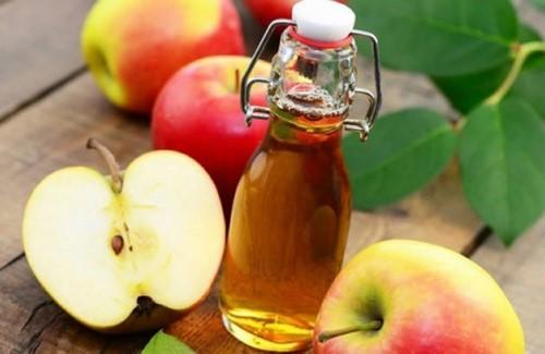 trị hôi miệng với giấm táo