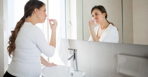 Các dấu hiệu và triệu chứng của sức khỏe răng miệng khi mang thai-3