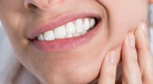 Đau hàm sau khi té ngã-1