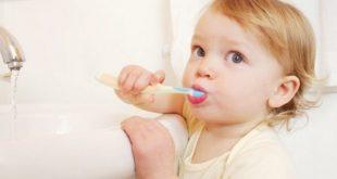 Nuốt kem đánh răng thường xuyên có vấn đề gì không-1