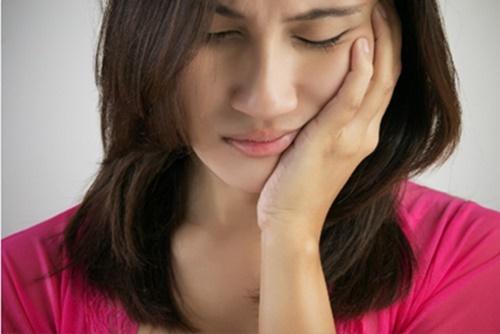 E buốt răng sau khi sinh nguyên nhân và cách khắc phục 3