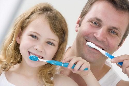 5 dấu hiệu viêm tủy răng nguy hiểm ở trẻ em?