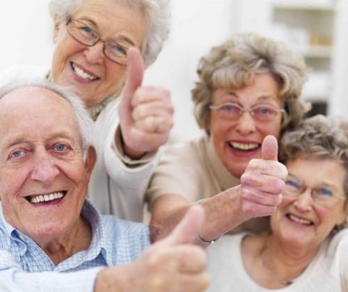 Nha Khoa Chuyên Trồng Răng Implant Cho Người Già