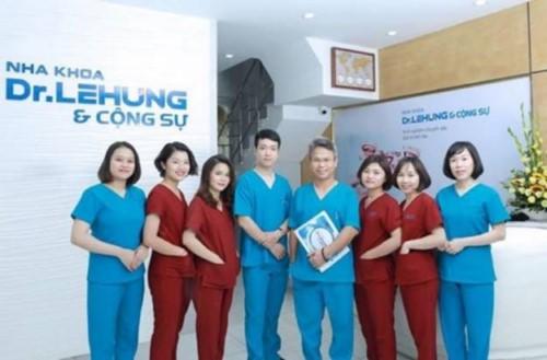 Nha khoa Dr.Hưng Hà Nội điều trị nha chu