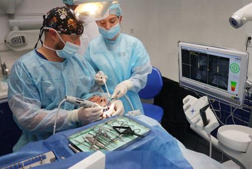 Công nghệ định vị Implant là thiết bị tiên tiến phụ trợ cho quá trình cấy ghép Implant