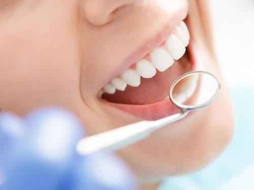Top 10 nha khoa bọc răng sứ thẩm mỹ uy tín nhất quận 1