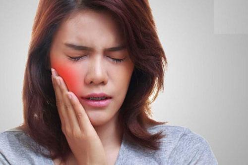 Giảm đau khi niềng răng