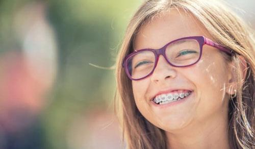 Niềng răng ở trẻ em sẽ nhanh đạt kết quả hơn so với người lớn
