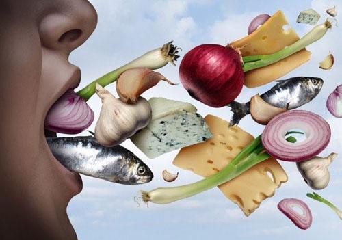 Chế độ ăn uống gây hôi miệng