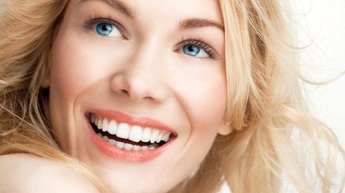 Một hàm răng đều đẹp sẽ tăng tính thẩm mỹ cho gương mặt