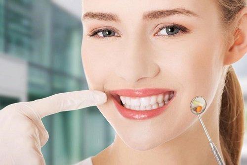 Phục hồi hình dáng răng hiệu quả khi trám răng sớm