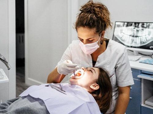 Chỉnh hình răng cần đảm bảo được thực hiện đúng quy trình