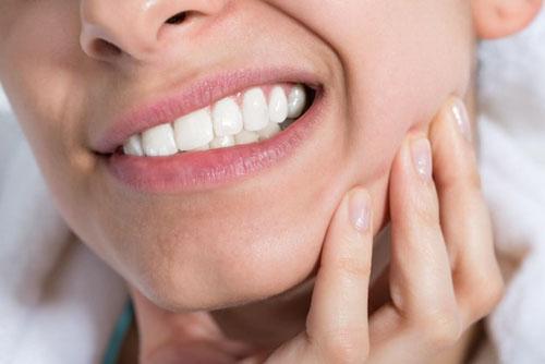 Mài răng có đau nhức không?