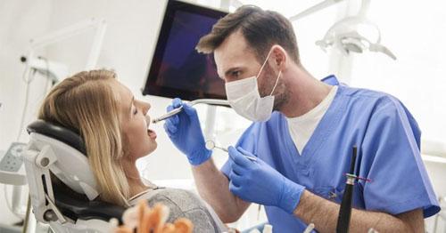 Tay nghề bác sĩ ảnh hưởng lớn đến kết quả niềng răng