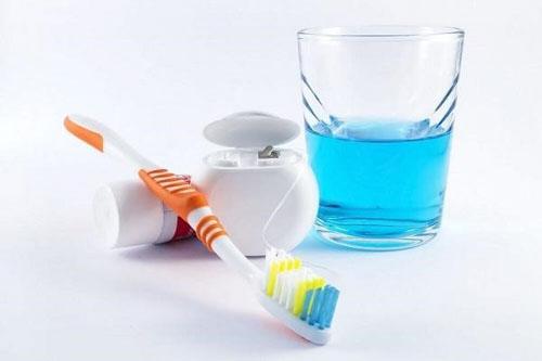 Chế độ vệ sinh răng miệng sau khi nhổ răng khôn